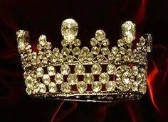 Great Russian Pear-shaped Diamond Coronet