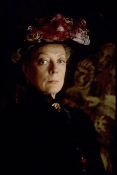 Maggie Smith. Downtown Abbey.
