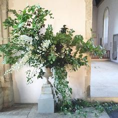 Styling Ideas for a church wedding including flower pew ends, welcome signage, floral arrangements in urns and arches Large Floral Arrangements, Wedding Arrangements, Floral Centerpieces, Centrepieces, Wedding Ceremony Flowers, Floral Wedding, Wedding Decor, Wedding Bouquets, Deco Floral