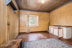 FINN – Oppussingsobjekt i Nordre Osen. Garage Doors, Real Estate, Outdoor Decor, Home Decor, Decoration Home, Room Decor, Real Estates, Home Interior Design, Carriage Doors