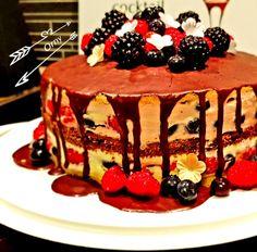 Leckerer Kuchen mit Beeren