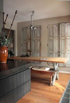 Kasten met deuren van oude brocante luiken. Kijk voor unieke oude luiken bij webshop www.old-basics.nl in diverse maten en kleuren allemaal uniek oud. Vintage-shabby chic