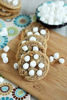 Hot chocolate marshmallow cookies