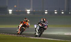 Héctor Barberá y Avintia Racing consiguen la victoria en Open en el circuito de  #Qatar . El Campeonato del Mundo de #MotoGP 2015 no podía haber comenzado de mejor manera para el equipo #Avintia Racin #motogp #Locosporlasmotos #pasiónporlasmotos #Qatar