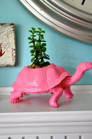 Little Bit Funky: 20 minute crafter: dino toy into planter.