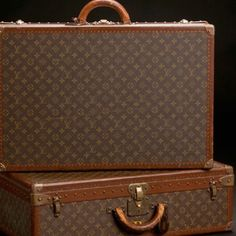 One day, when I win the Power Ball, a vintage Louis Vittion luggage set will be mine! LOL