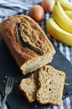 Banana Bread  #bananabread #banana #banane #cake #gateau #breakfasts #petitdejeuner #gouter #gourmand #gourmandise #yummy #picoftheday #instagood #instafood #foodphotography #foodlovers #foodporn #usa #cooking #cook #food #breakfasttime