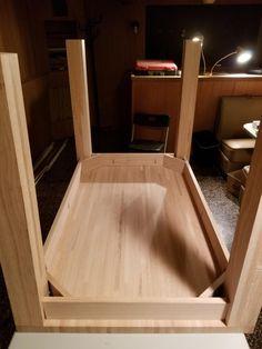 Red oak table by Mariusz Red Oak Floors, Real Wood Floors, Wide Plank Flooring, Engineered Hardwood Flooring, Red Oak Wood, Project Table, Installing Hardwood Floors, Oak Table, Types Of Flooring