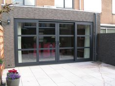 Strategy, tactics, and also guide with regard to obtaining the very best result and making the optimum usage of french doors with screens Aluminium French Doors, French Doors With Screens, French Doors Patio, Sunroom Dining, Garage Guest House, French Doors Bedroom, Balcony Doors, Doors And Floors, Barn Door Designs
