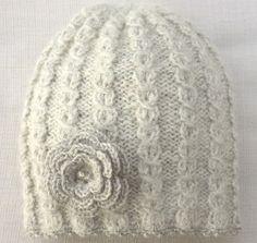 Lys grå lue 1-2 år Crochet Hats, Design, Fashion, Knitting Hats, Moda, Fashion Styles, Design Comics, Fashion Illustrations