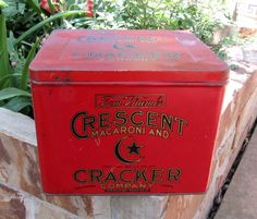 Antique General Store Advertising Tin Tom Thumbs Crescent Macaroni & Cracker Co #TomThumbsCrescentMacaroniandCrackerCompany
