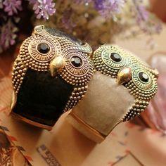 Retro Owl Bangle