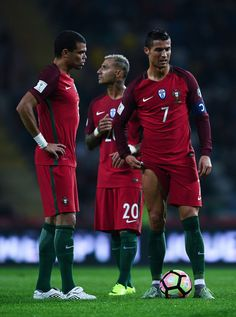 Cristiano Ronaldo Photos - (L-R) Pepe, Ricardo Quaresma and Cristiano Ronaldo of Portugal look on during the FIFA 2018 World Cup Qualifier between Portugal and Andorra at Estadio Municipal de Aveiro on October 7, 2016 in Aveiro, Portugal. - Portugal v Andorra - FIFA 2018 World Cup Qualifier