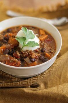 Sweet Potato, Black Bean, and Quinoa Chili | www.theroastedroot.net #vegetarian #vegan #chili