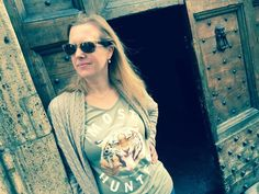 #roarrr We like this shot a lot Ellemieke! 😻Thnx! #new #tiger #tshirt #realtiger #shootback #savewildlife #fashionstatement #endextinction #dosomething #dressforsuccess mosthunted.com #beastly #good #streetwear #streetstyle #weekendstyle