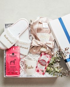 """Our """"Luxe Lady"""" gift box is one of our personal favourites and for good reason! 💕 But then again, do you ever need a reason to spoil yourself? Curated Gift Boxes, To Spoil, Spoil Yourself, Gifts For Women, Raspberry, Gift Wrapping, Weddings, Lady, Gift Wrapping Paper"""