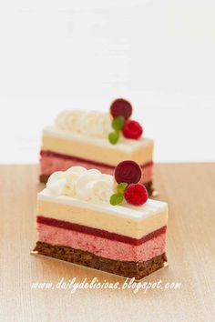 dailydelicious: Harmonia: Red berry entremets