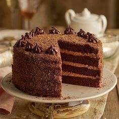 BIZCOCHO DE CHOCOLATE Y TRUFA. Chocolate Desserts, Vanilla Cake, Tiramisu, Tattoos For Guys, Great Recipes, Cupcake Cakes, Recipies, Baking, Ethnic Recipes