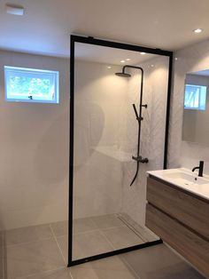 Cosy Bathroom, Bathroom Toilets, Bathroom Renos, Bathroom Styling, Bathroom Renovations, Small Bathroom, Grey Marble Bathroom, Master Bathroom, Small Luxury Bathrooms
