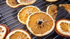 Todd & Lindsey: DIY Dried Orange Ornaments