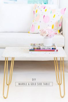 DIY Marble Table Top with Gold Accents DIY marble and gold side table - sugar and cloth - home decor ideas Diy Interior, Interior Design, Cheap Home Decor, Diy Home Decor, Gold Accent Table, Accent Tables, Diy Table Top, Home Decor Inspiration, Decor Ideas