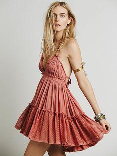 Sandy's Beach Dress: https://chilitree.com/shop/sandys-beach-dress/ @ChiliTreeApp #dress #fashion #style #womendress #womenfashion