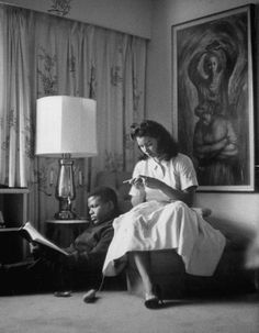 Stitch Diva shared this great photo on her facebook page of Sidney Poitier relaxing with his crocheting wife. 1959