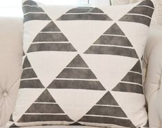 Browse unique items from MotifPillows on Etsy, a global marketplace of handmade, vintage and creative goods.