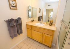 Los Angeles Two Bedroom Vacation Apartment DTRS2B #VacationRental #Apartments #DTLA #LosAngeles #California #USA #LA #CorporateHousing #HotelAlternative #travel #accommodation #vacation #rental #interiordesign #interior #design
