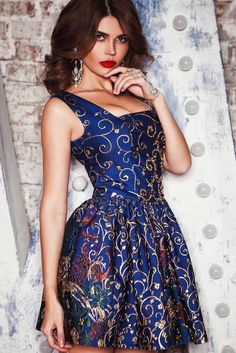 b107ecec60a8 24 Fashion Christmas Party Dresses
