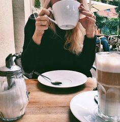 I do love a babe who loves her coffee. #letsbefrank