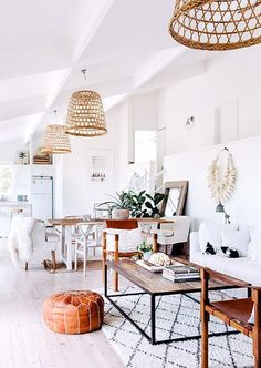 This room perfectly combines boho, modern, and a coastal look.