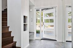 Exklusiv och påkostad villa med vackra materialval och härliga…