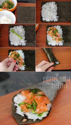 Temaki de salmão. | 19 receitas para fazer um rodízio de japa na sua casa