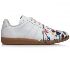 MAISON MARTIN MARGIELA WHITE LEATHER PAINTED TRAINER. White. £329.00
