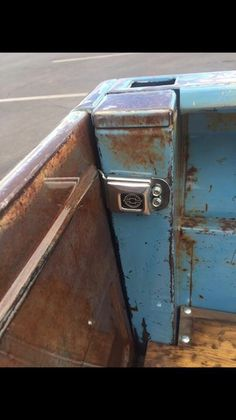 C10 tailgate