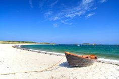 Martins, Isles Of Scilly. See our website for more travel… Scilly Island, Cornwall England, Yorkshire England, Yorkshire Dales, Best Beaches In Europe, British Beaches, Beach Honeymoon Destinations, Destination Voyage, Great Britain
