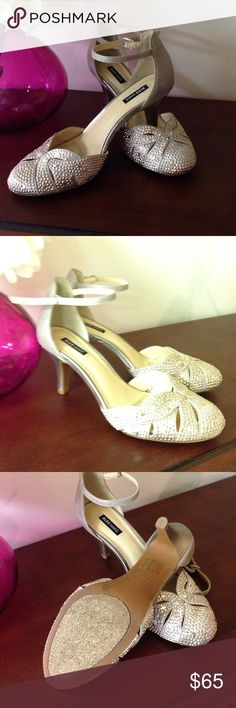 """Alex Marie dress heels Alex Marie """"Sabryna"""" in Totes Gold.  Size 8.5 purchased from Dillard's only worn once to my daughter's wedding.  3 inch heel. Gorgeous shoe. Great condition. Alex Marie Shoes Heels"""