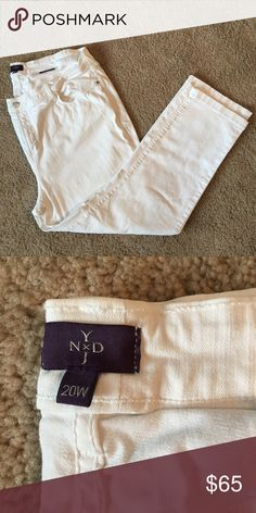 White skinny jeans White jeans with perfect color! Like new condition. Don't be afraid of white jeans for fallout winter. They pair great with black or brown and some of falls hottest colors like plum and maroon. NYDJ Jeans Skinny