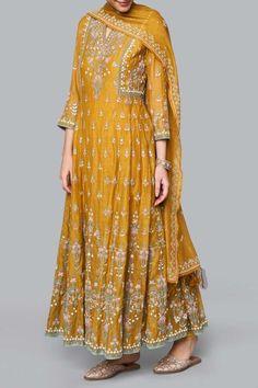 Designer Suits - Buy Saesha Suit for Women Online - - Anita Dongre Pakistani Bridal Dresses, Pakistani Dress Design, Pakistani Outfits, Bridal Anarkali Suits, Sabyasachi Suits, Kurta Designs, Kurti Designs Party Wear, Dress Indian Style, Indian Dresses