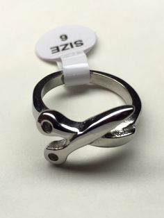 Scissor ring- sz 6,7,8,9 Nickel free stainless steel $12 (retail $25) PerfectEdgeMN.com
