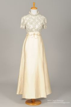 Designed in the late this amazing vintage wedding gown is done in pure ivory silk adorned with pearls, rhinestones & sequins over a silk lining wit. Types Of Wedding Gowns, 1960s Wedding Dresses, Vintage Outfits, 1900s Fashion, Vintage Fashion, Fifties Fashion, Classic Fashion, Buy Wedding Dress Online, Woman Fashion