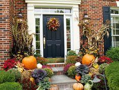 Find and save 23 fall porch decorating ideas ideas on Decoratorist. See more about 90 fall porch decorating ideas, easy fall porch decorating ideas, fall front porch decorating ideas, fall porch decorating ideas, fall porch decorating ideas Autumn Decorating, Porch Decorating, Decorating Ideas, Decor Ideas, Ideas Fáciles, Interior Decorating, Fall Home Decor, Autumn Home, Autumn Fall