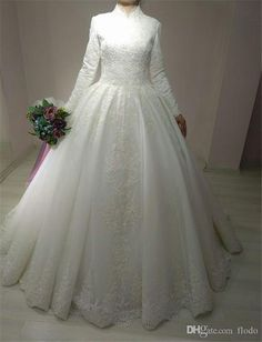 Ivory Muslin Wedding Dress with Lace Malay Wedding Dress, Arabic Wedding Dresses, Muslim Wedding Dresses, Cheap Wedding Dress, Boho Wedding Dress, Bridal Dresses, Wedding Gowns, Ivory Wedding, Long Sleeve Wedding