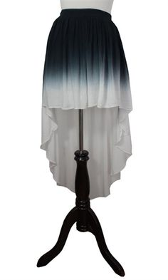 Ombre Skirt Oooh I love this! Sea Siren, Dressed To Kill, Style Me, Ballet Skirt, Glamour, Fantasy, Stylish, Lady, Pretty