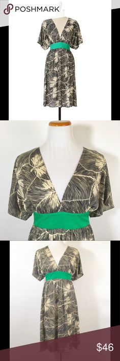 Maple Clockwork dress Graphic leaf silk dress with wide kimono sleeves with and emerald green waist sash. Deep V neckline. Excellent like new condition. Anthropologie Dresses