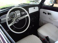 1971 Volkswagen Beetle Pictures: See 29 pics for 1971 Volkswagen Beetle. Browse interior and exterior photos for 1971 Volkswagen Beetle. Vw Super Beetle, Vw Bugs, Volkswagen Beetle Interior, Volkswagen Bus, Vw Camper, Van Vw, Kdf Wagen, Baja Bug, Vw Classic