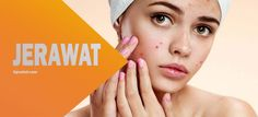 Definisi jerawat adalah kondisi kulit yang terjadi saat folikel rambut tersumbat oleh minyak dan sel kulit mati. Tumbuh di hidung, dahi, dada, punggung