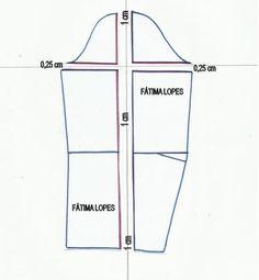 PASSO A PASSO GRADAÇÃO DE MOLDE BASE VESTIDO DE SENHORA O objectivo é transformar o molde base tamanho 38 em 40. Mas com este método podemos construir um m