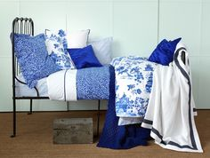 Chinoiserie bedding in the perfect color of blue from Zara Home